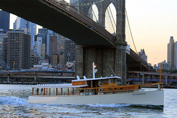 Sightseeing yacht manhattan arkitekttur cruise